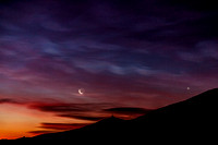 Moon, Venus and Nacreous Clouds